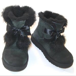 UGG Gita Women's Sheepskin Pom Pom Boot 1018517